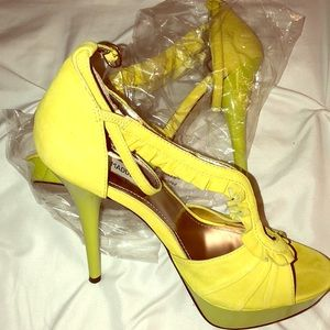 Steve Madden Lime Green/Yellow Heels